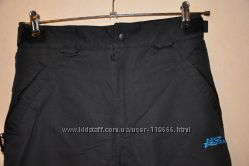 Зимние фирменные  брюки черного цвета сост новых