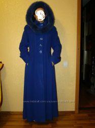 Пальто необыкновенного цвета, кашемир, песец