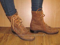 очень клевые ковбойские ботинки justin полностью кожа, даже подошва