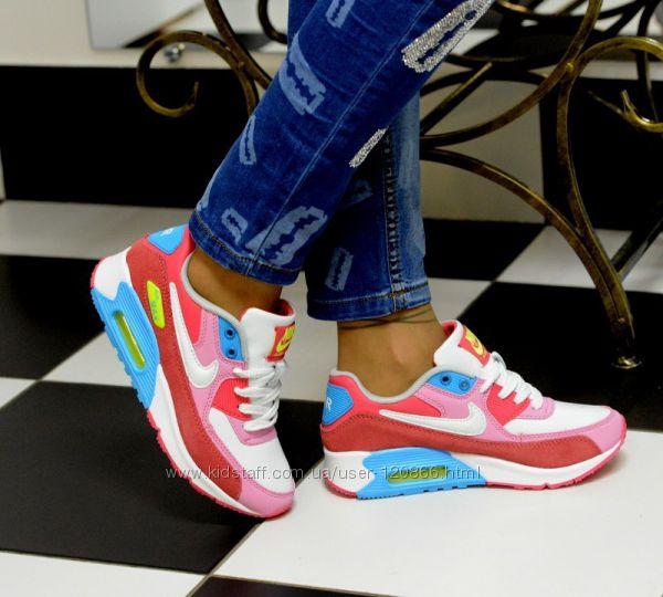 Фото женские кроссовки красивые
