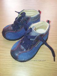 Шикарні нові черевички Falcotto by Naturino 19 розмір