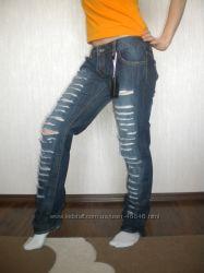 Рваные джинсики от AMY GEE Италия 44 размер S-M