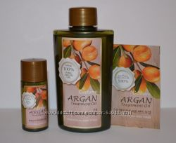 Аргановое масло для волос, тела, ногтей Welcos ARGAN Treatment Oil