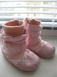 Наши пинетки-ботинки MOTHERCARE