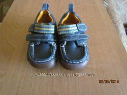 Туфли CLARKS-14 см. , мокасины CLARKS -12 см. ,  кеды  COOL CLUB-11, 5 см