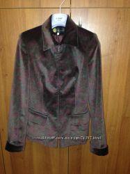 Приталенный пиджак из натурального бархата