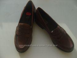 Удобные кожаные женские туфли на низком ходу