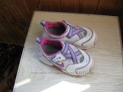 суперовые кроссовки найк 25 р
