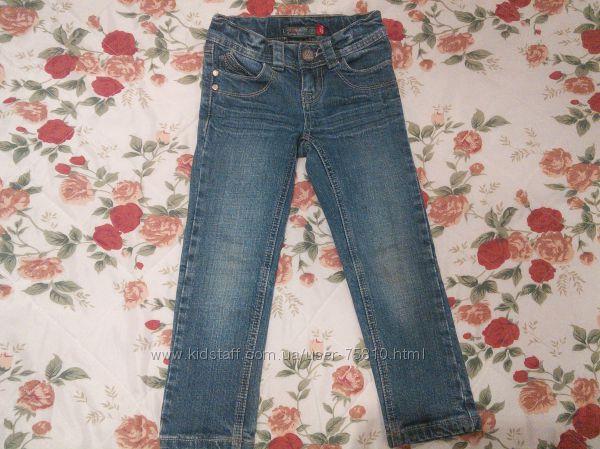 фирменные джинсики для девочки на 5 лет