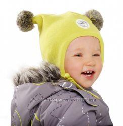 Детская шапочка с помпонами Lassie от Reima с флисом. Желтая, синяя, розова