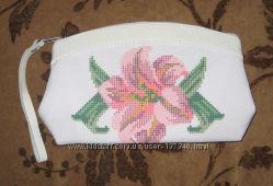 Косметички под вышивку бисером и нитками