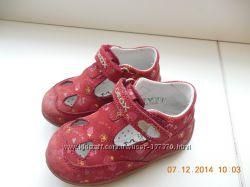 Продам туфельки GEOX 20р.