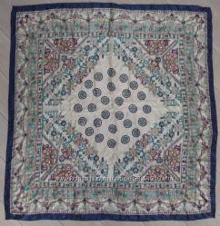 Платок из натурального шелка, куплен в Grang Gallery