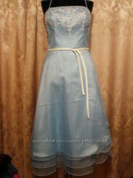 праздничное Свадебное платье, нежно голубое, расшито бисером из  США 350у.