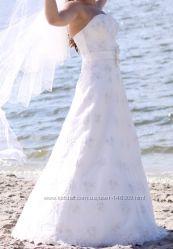 Красивое свадебное платье на невысокую девушку. Харьков
