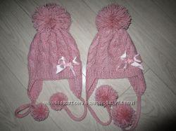 красивая шапочки на ог 48-50 см полушерсть