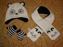 Комплект шапочка панда, шарфик и рукавички CARTERS