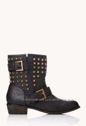 Шипованые ботинки Forever 21