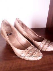 женская обувь 36-37 размер