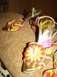 Женская обувь. Красивые босоножки Di Marni