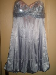 Нарядное платье. Новое. Дешево