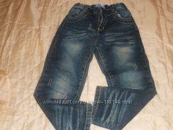 Продам моднявые джинсы 110р