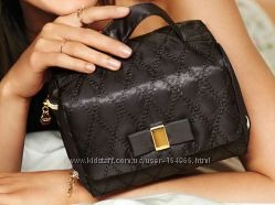 Удобная стильная сумочка для косметики Victorias secret, в наличии, оригинал