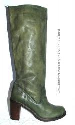 Италия, кожаные зеленые сапоги р. 37