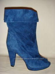 шикарные синие замшевые  ботильоны Италия