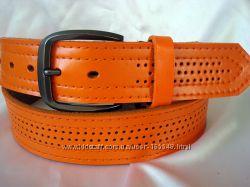Модный оранжевый кожаный ремень