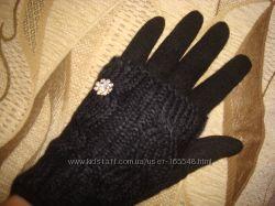 Новинка.   Модные перчатки с довязом косичка.