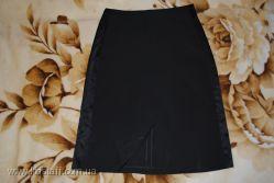 Юбка черная - стрейч с атласными вставками, 44-46 р, состояние нового