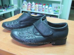 Классические туфли под костюм для молодого человека 3-4 лет