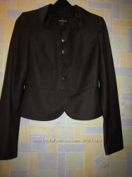 Пиджаки, юбки, брючки Monica Ricci