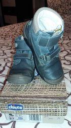 Демисезонные ботинки CHICCO 27 размер
