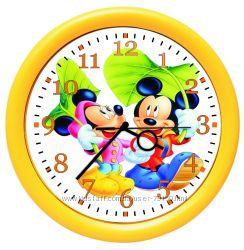 Часы  с изображением героев любимых мультфильмов и со своим фото
