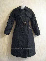 Новое пальто на синтепоне. Остатки закупки. В наличии 48 р. черный цвет.