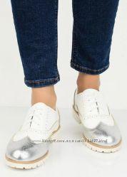 Золотистые туфли с перфорацией оксфорды броги