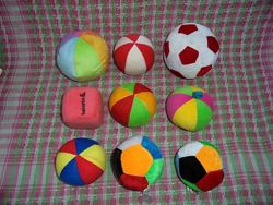 Игрушка погремушка мячик мягкий
