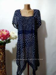 Легкое шифоновое асимметричное платье туника в горошек Marks & Spencer