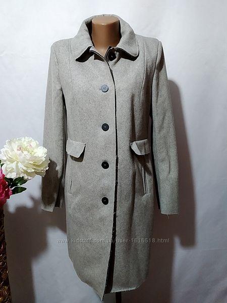 Стильное демисезонное пальто Zara