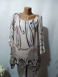 Шелковая блузка с рисунком Италия