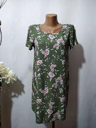 Платье трапеция из вискозы в цветочный принт Forever 21