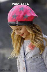 Дуже красиві весняні набори та шапочки дівчаткам
