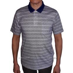 Серая футболка-поло в светлую полоску с коротким рукавом