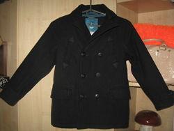Шикарне шерстяне пальто на модніка на 7-9 рочків