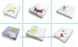 Мягкое и нежное детское полотенце с вышивкой
