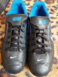 Бутсы Nike р. 38