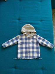 Продается детская рубашка фирмы chicco