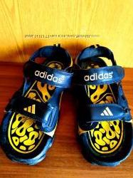 Сандали сандалии Adidas кожаные спортивные стелька 26, 5 см